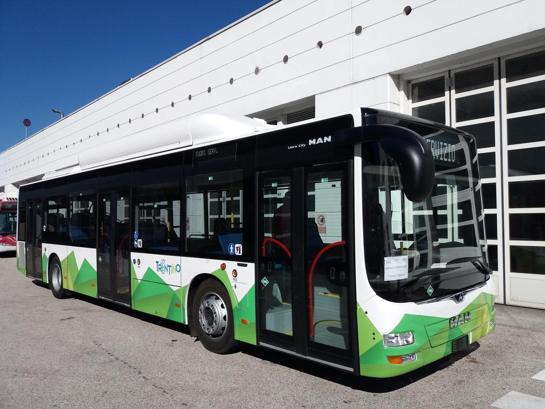Presentazione nuovi autobus urbani ed extraurbani di ...