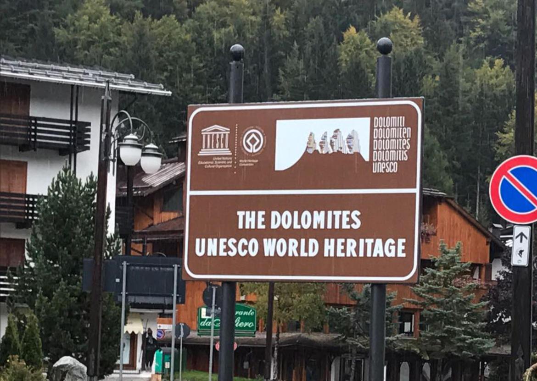 Dolomiti unesco primi cartelli nel comune di tre ville for Cartelli antincendio dwg