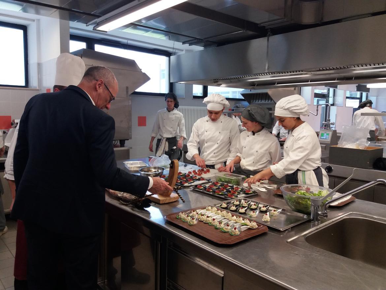 Ufficio Lavoro Riva Del Garda : Alternanza scuola lavoro: oggi il presidente rossi era allenaip di