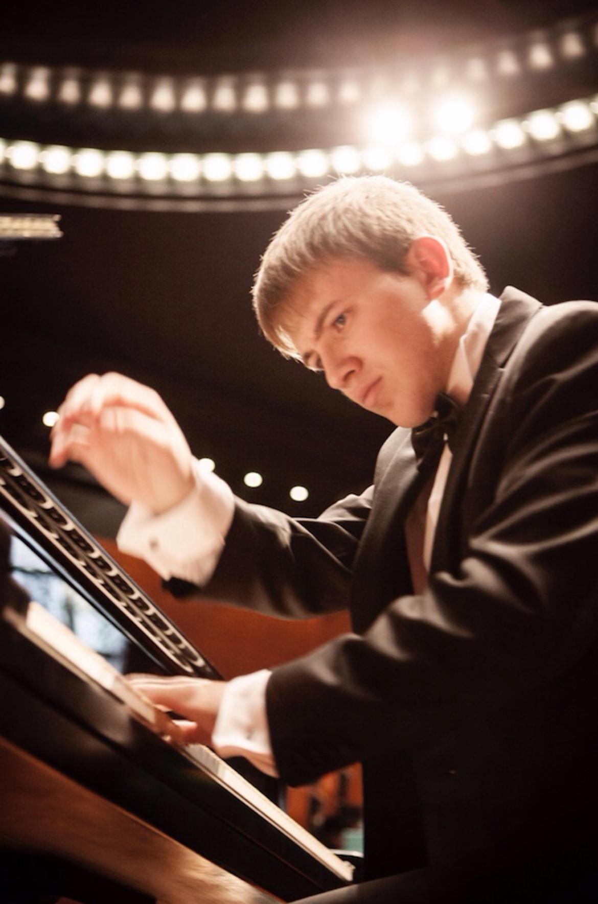 Kawai a ledro rende omaggio a beethoven for Compositore tedesco della musica da tavola