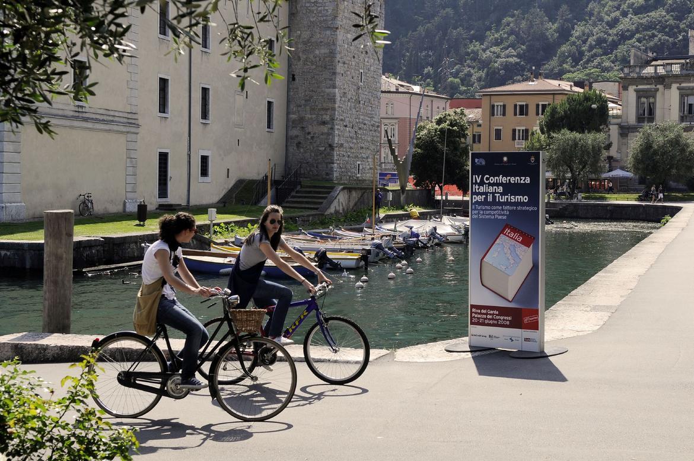 Imposta di soggiorno 25 euro a posto letto per gli alloggi ad uso turistico - Posto letto a milano a 100 euro ...